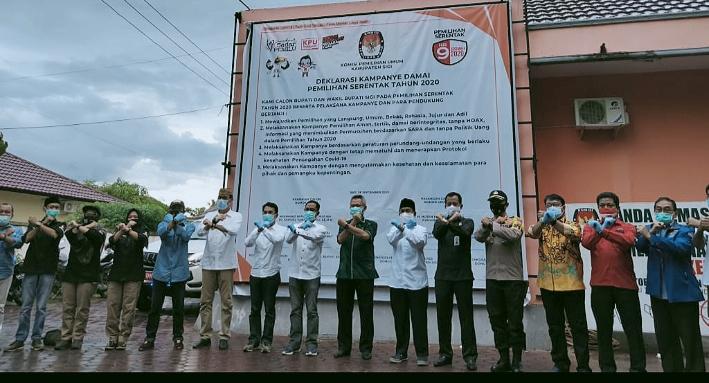 KPU Sigi Bersama Paslon Bupati Gelar Deklarasi Kampaye Damai